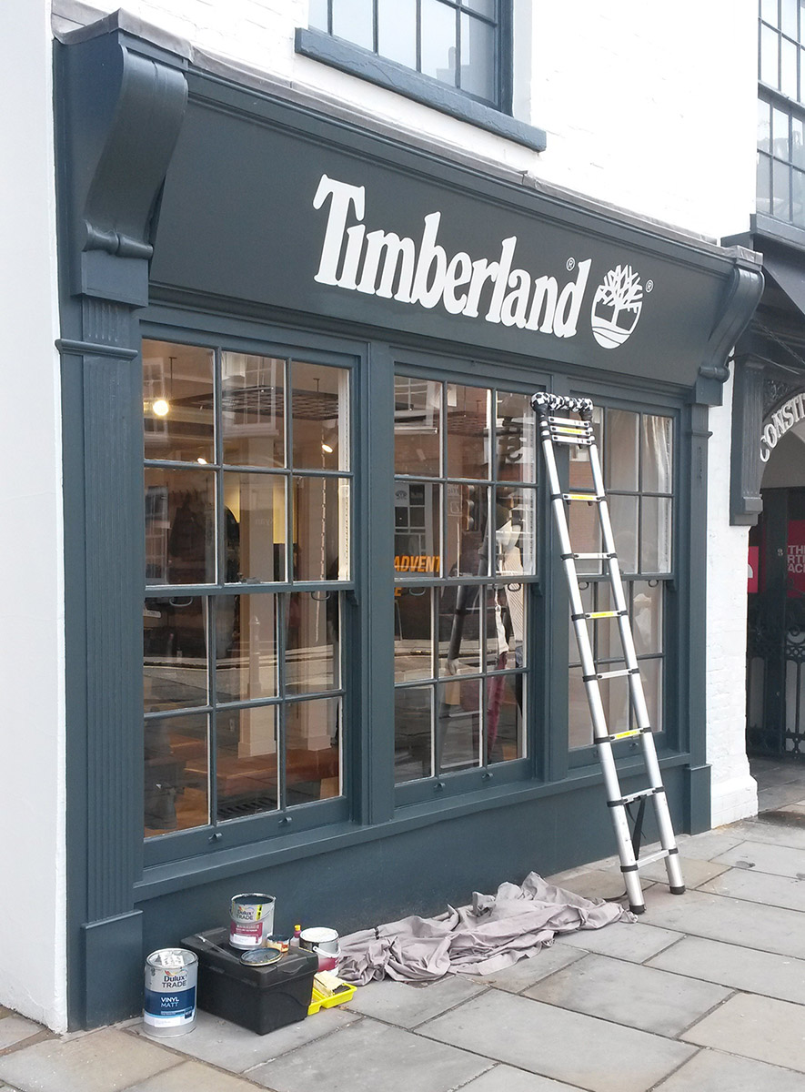 Shop front signwriting – Timberland, Guildford