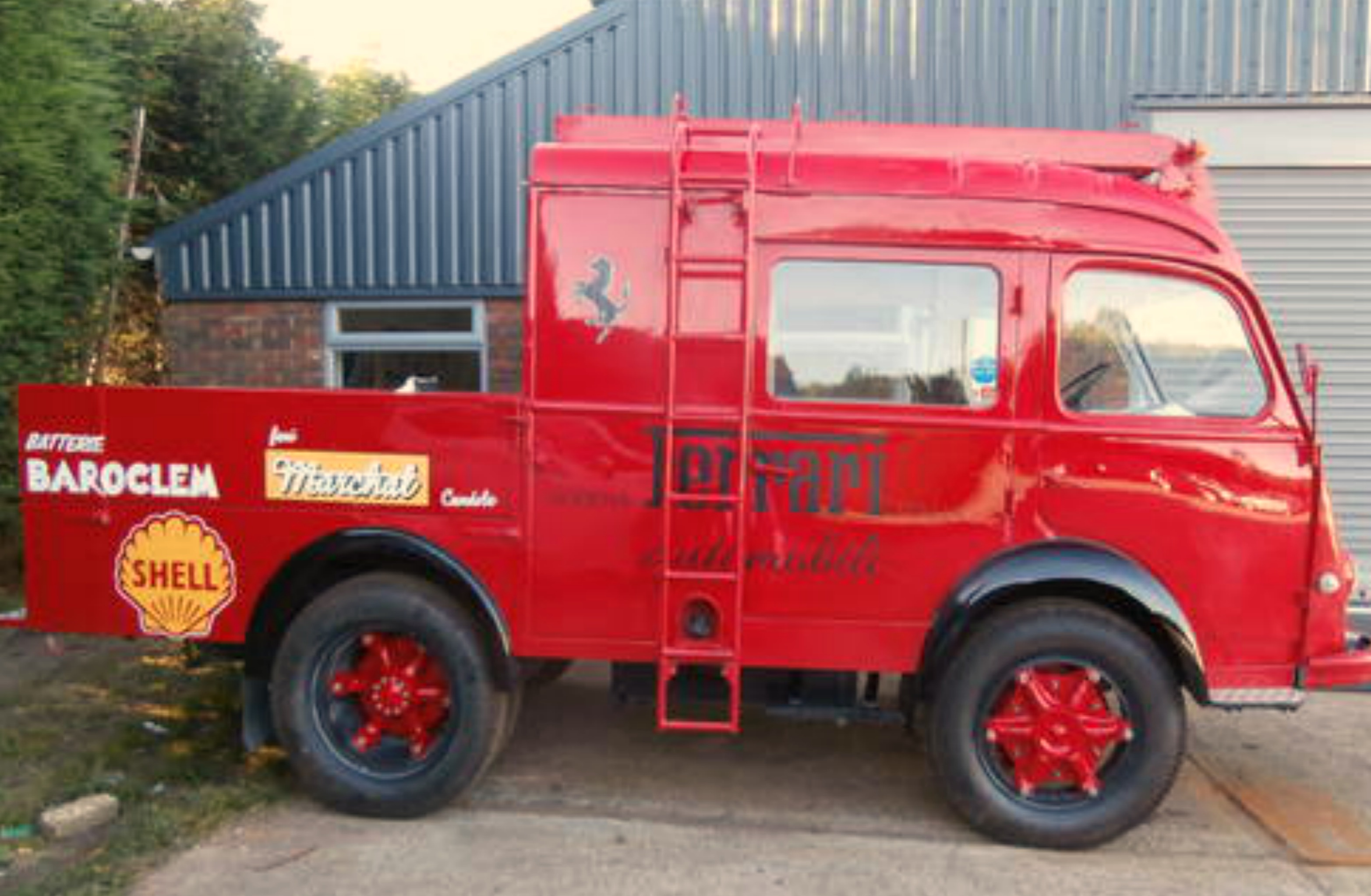 classic vehicle signwriting & other usages